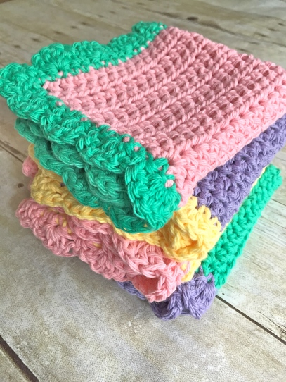 Crochet Dishcloths with Ruffles
