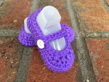 Crochet Mary Janes Baby Shoes